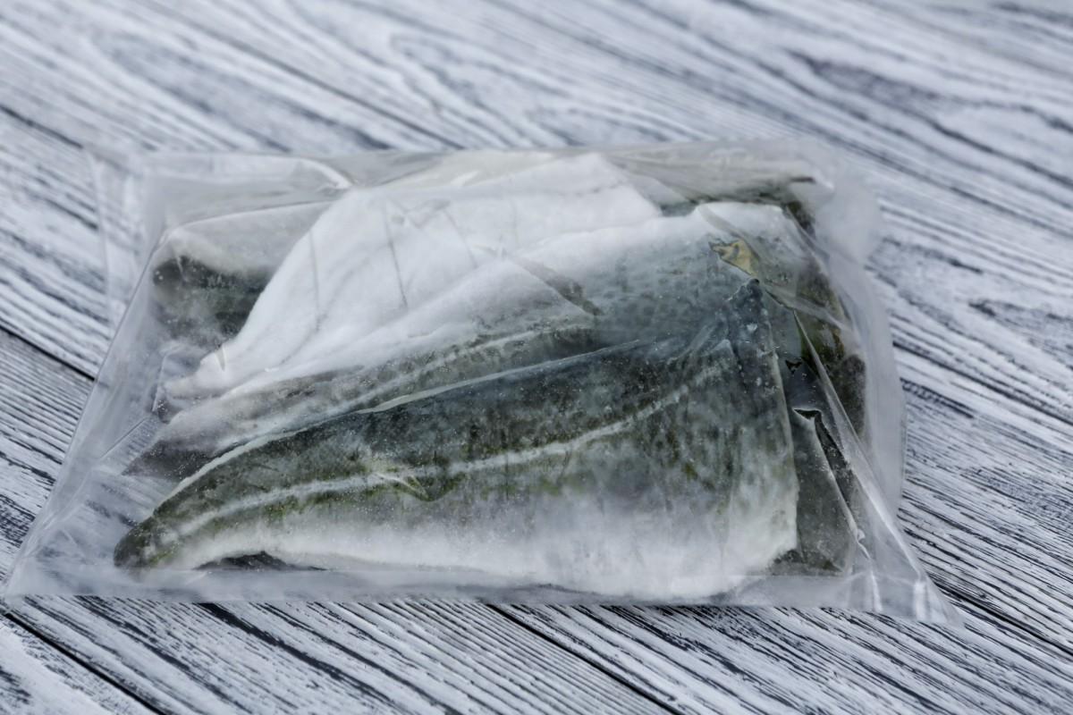 Филе трески мурманской(Атлантической) на коже, морской заморозки 140-230гр/шт - 1,8 кг/упак